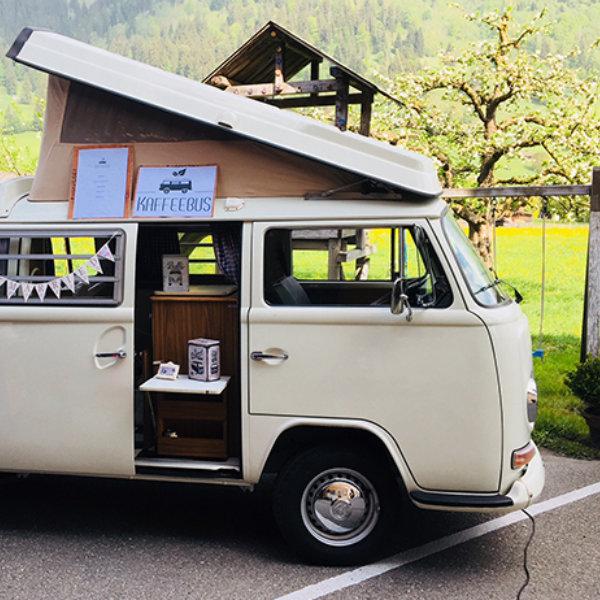 Kaffeebus Charlotte Berner Platte 2.0