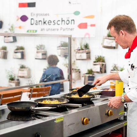 6464 Kulinata Eroeffnung Pascale Amez Berner Platte 2.0