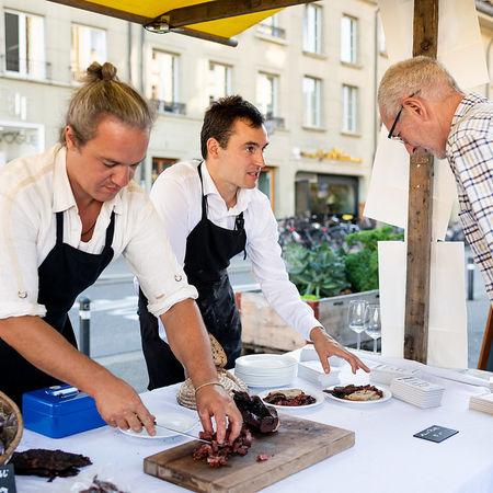 7039 Kulinata Eroeffnung Pascale Amez Berner Platte 2.0